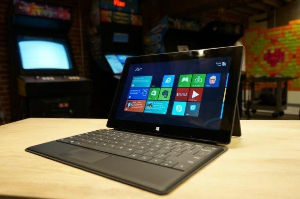 Microsoft กำลังพัฒนา Surface ขนาด 7 นิ้วหลังจากทนกระแสไม่ไหว