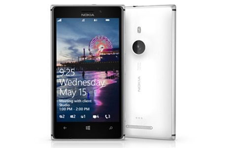 Nokia Lumia 925 เป็นจอ AMOLED ที่สว่างที่สุดในตลาด เทียบเท่า iPhone 5 และ HTC One