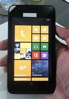 รายละเอียด Nokia Lumia 625 หน้าจอใหญ่ถึง 4.7 นิ้วใช้ Snapdragon S4 เหมือน Lumia 920