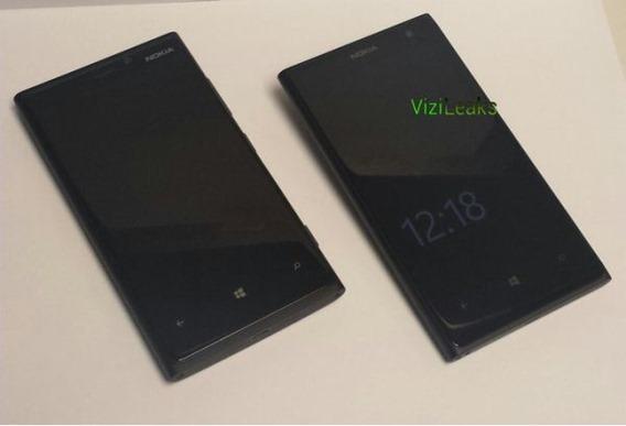 Nokia EOS ปรากฏตัวอีกครั้ง ถ่ายคู่กับ Lumia 920