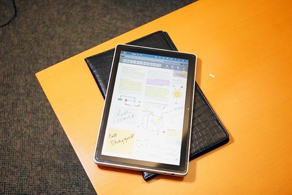 ลือ Samsung เตรียมออกแท็บเล็ต 12.2 นิ้ว ความละเอียด 2560 x 1600 พิกเซล
