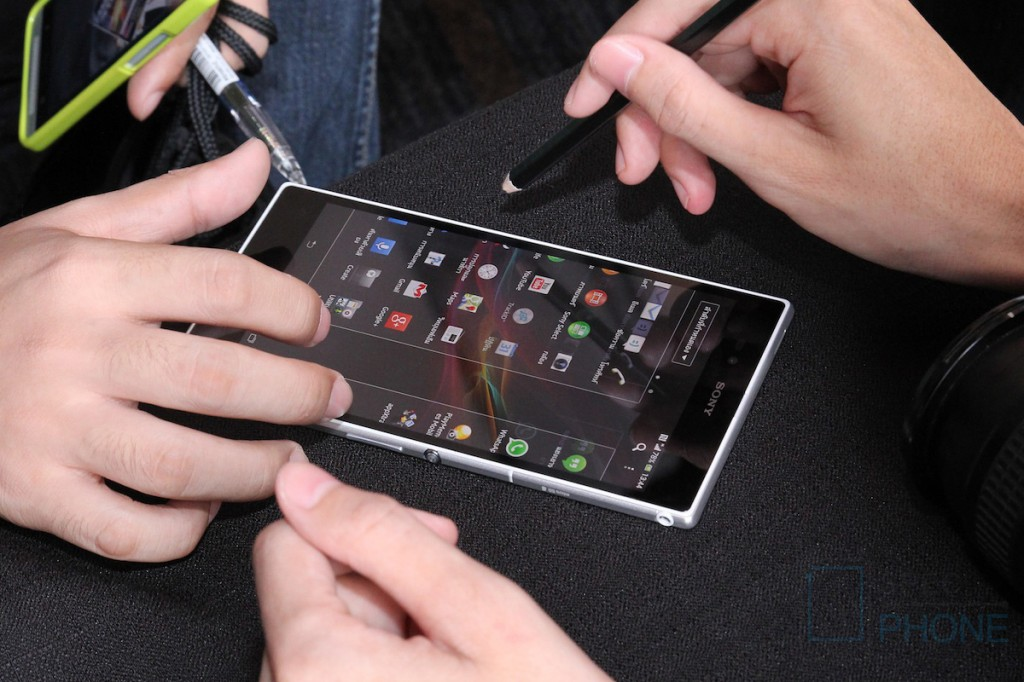 Sony Xperia Z Ultra Hands on Specphone 235