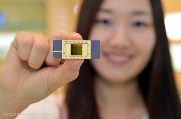 Samsung พัฒนา V-NAND สำหรับอุปกรณ์พกพาสำเร็จแล้ว เริ่มต้นที่ 128 GB พร้อมผลิตใช้ในปี 2014