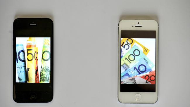 อุทาหรณ์อีกแล้ว หญิงสาวตกลงซื้อ iPhone 2 เครื่อง แต่กลับได้แอปเปิ้ลมา 2 ลูกในราคา 40,000 บาท