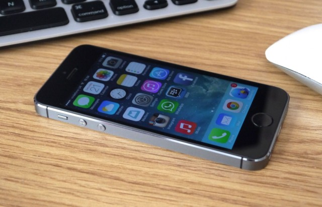 นักวิเคราะห์คาดการณ์ iPhone 6 จะมาพร้อมหน้าจอขนาด 4.8 นิ้ว