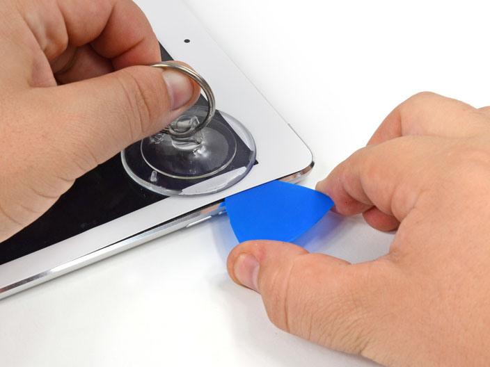 iPad Air ถูกแกะแล้ว พบชิป A7 ไม่เหมือนกับใน iPhone 5s คะแนนซ่อมได้แค่ 2/10