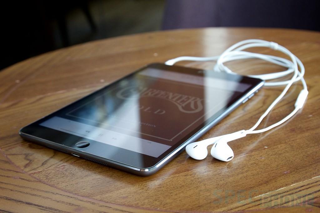Review iPad mini Retina Display SpecPhone 060