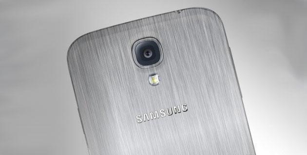 ลือ Samsung Galaxy S5 จะมีฝาหลังให้เลือกทั้งแบบพลาสติกและโลหะ พร้อมข้อมูลสเปคล่าสุด