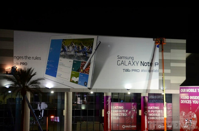 [CES 2014] Samsung ขึ้นป้ายบิลบอร์ดเตรียมเปิดตัว Samsung Galaxy Note Pro และ Galaxy Tab Pro แล้ว