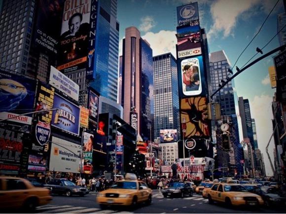 samsung-times-square-video-billboard-600x449