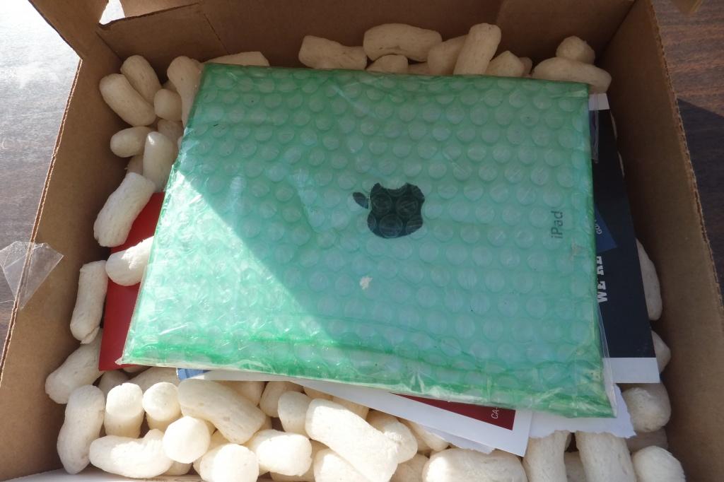 อุทธาหรณ์การซื้อ iPad อีกแล้ว เมื่อแกะกล่องพบว่าเป็นแค่แผ่นกระเบื้อง ติดกระดาษโลโก้ Apple หลอกตา