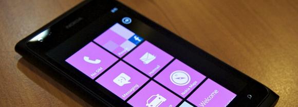 เตรียมพบมือถือดูอัลบูทระหว่าง Windows Phone และ Android ในอีก 6 เดือนข้างหน้า