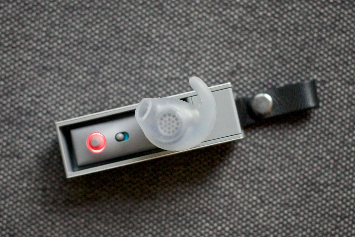 รีวิว Jawbone ERA หูฟัง Bluetooth มีดีไซน์ พร้อมระบบตัดเสียงรบกวน NoiseAssassin 4.0