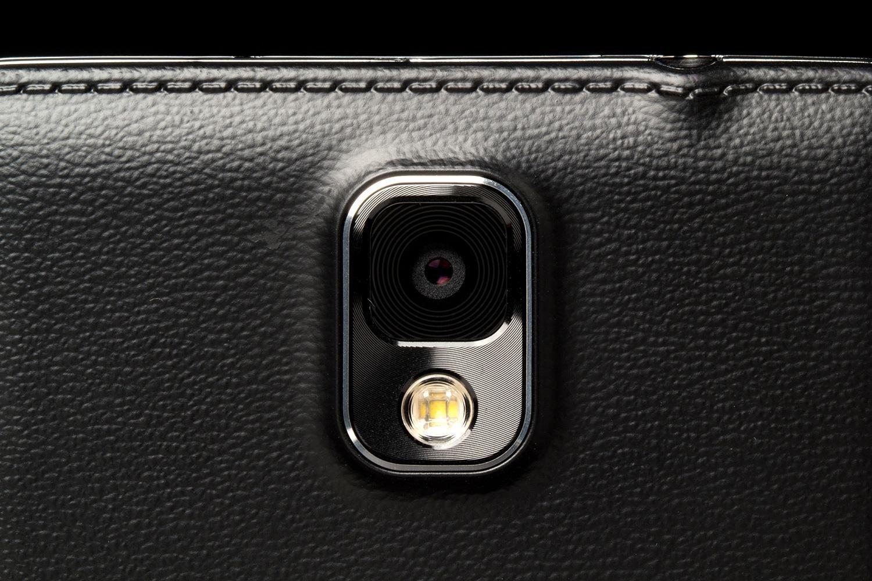ท้าชนรุ่นใหญ่ Samsung Galaxy Note 3 vs Canon EOS 5D Mark III เทสการถ่ายวิดีโอ แข่งกันไปเลย