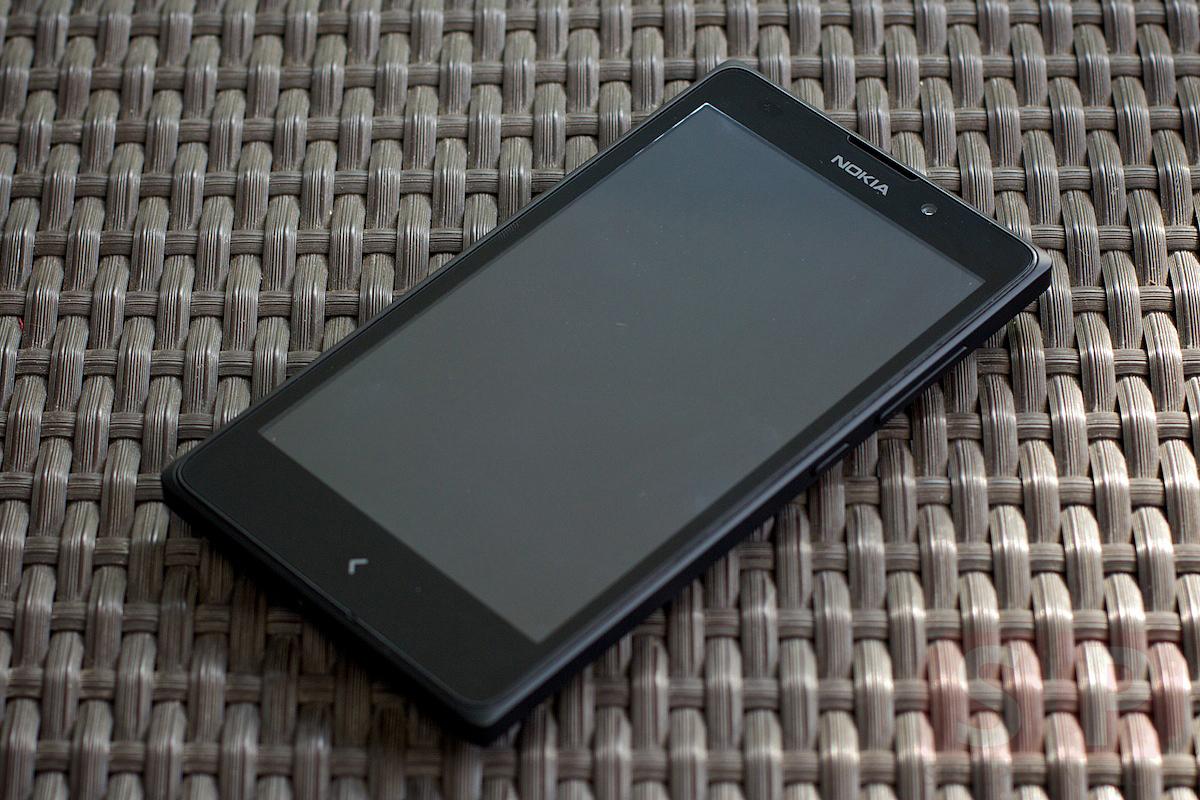 [Review] รีวิว Nokia XL มือถือโนเกียที่รันแอพ Android ได้ หน้าจอ 5 นิ้ว