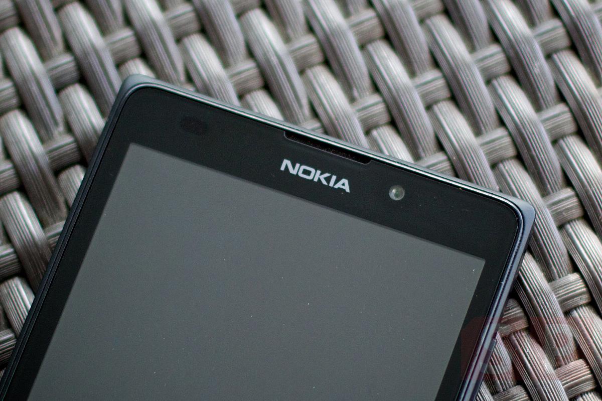 Review Nokia XL SpecPhone 007