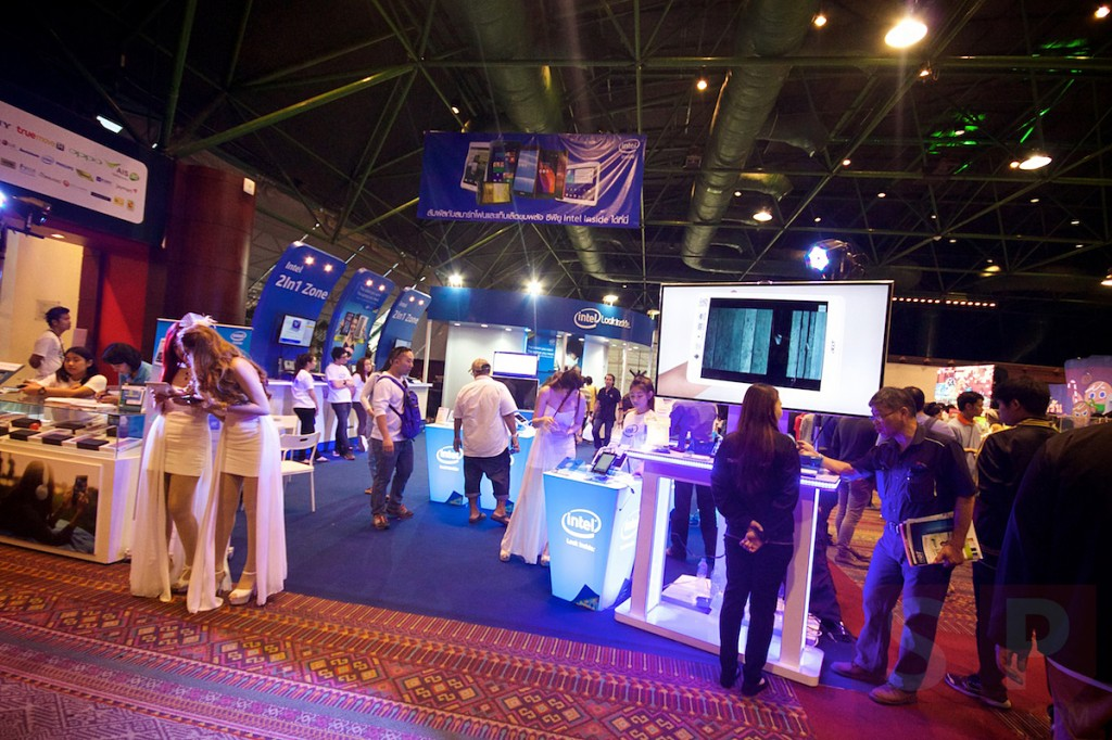 Thailand-Mobile-Expo-2014-Hi-End-SpecPhone 037