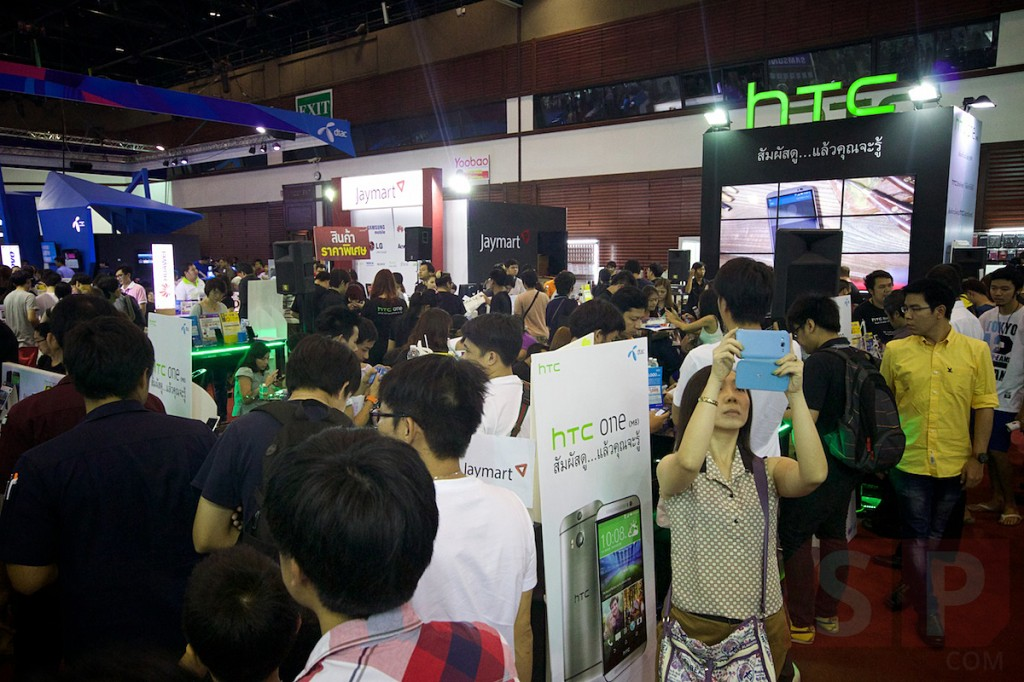 Thailand-Mobile-Expo-2014-Hi-End-SpecPhone 049