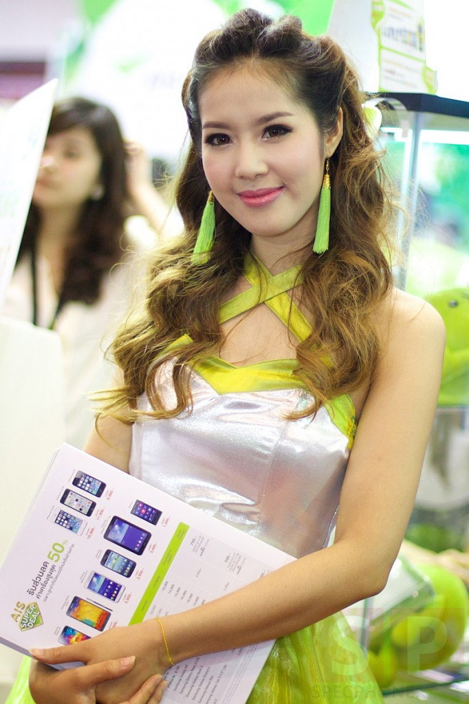 Thailand-Mobile-Expo-2014-Hi-End-SpecPhone 081