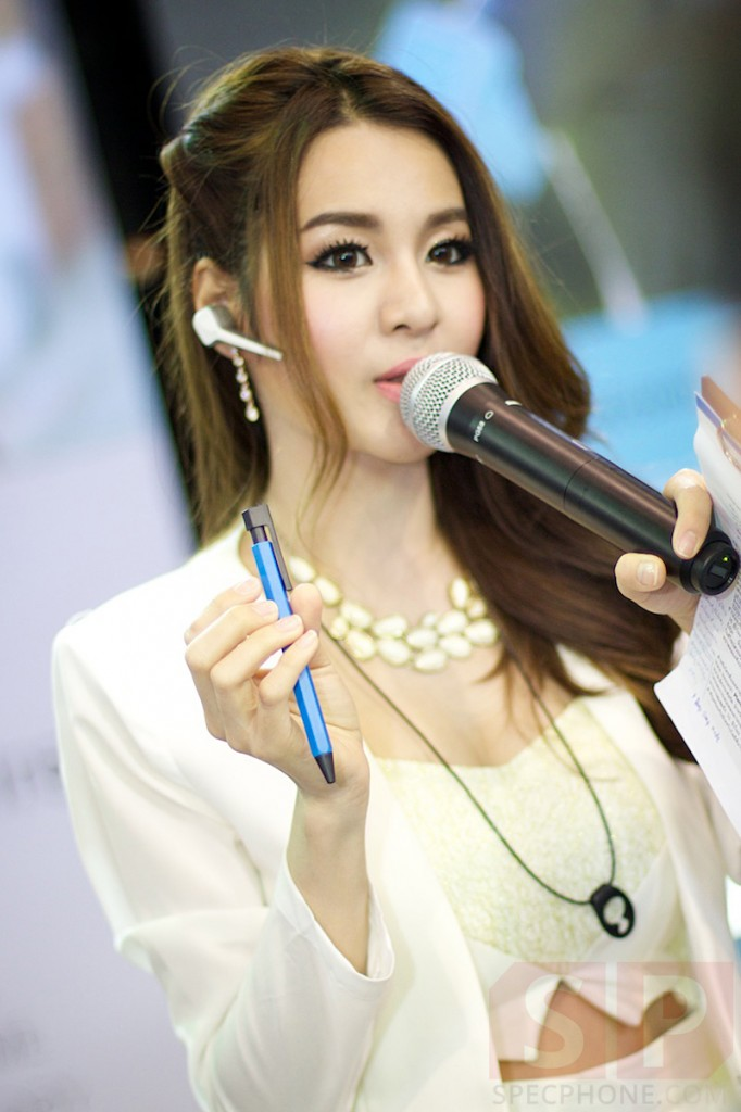 Thailand-Mobile-Expo-2014-Hi-End-SpecPhone 085