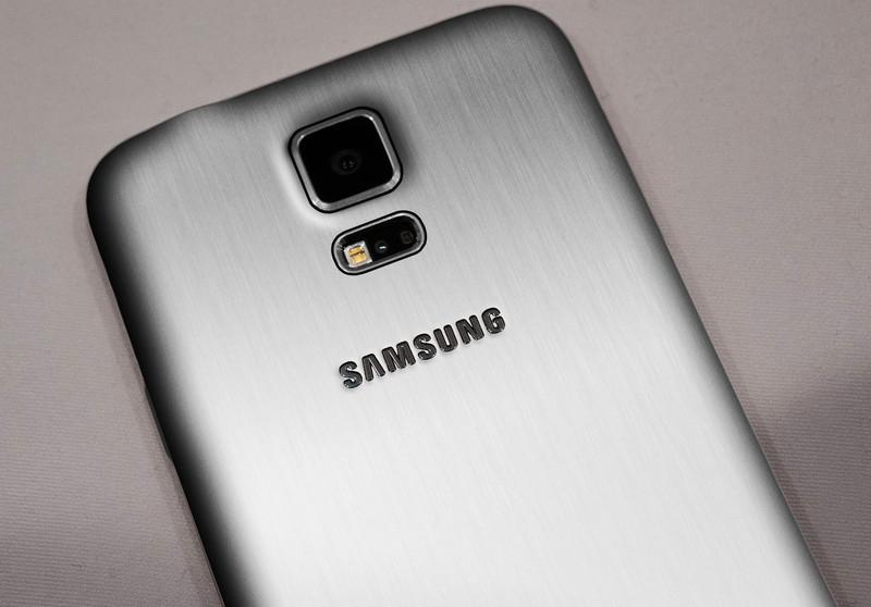 โคตรพรีเมียม! Samsung Galaxy S5 Prime จะเปิดตัวในเดือนมิถุนายนและราคาเกือบ 30,000 บาท
