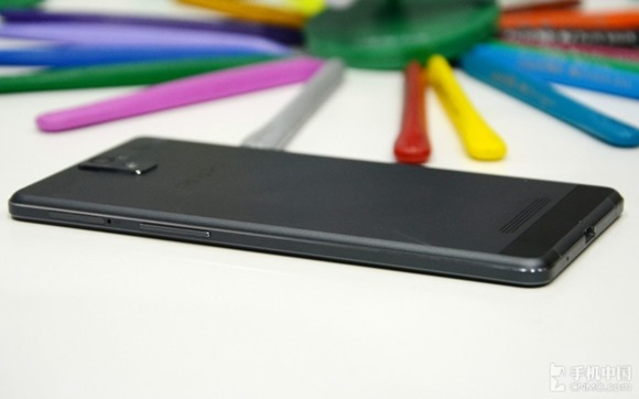 Oppo-R3-Android-63mm-thin-06