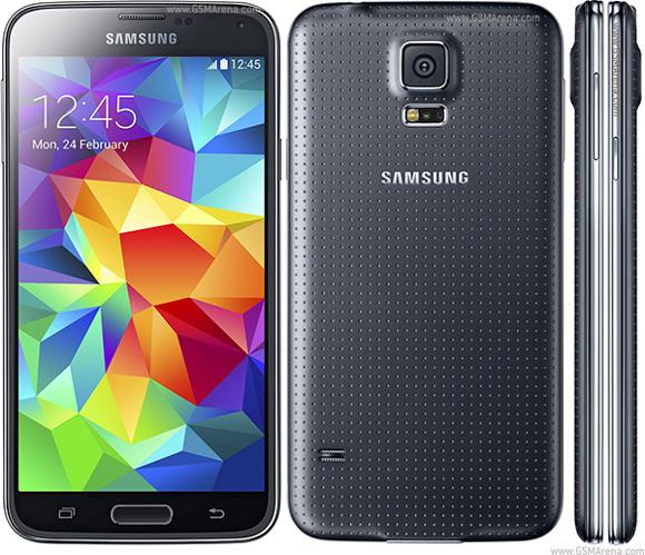 รอไม่ไหวแล้ว สาวก iPhone หนีไปซบอก Samsung Galaxy S5 เหตุรอ iPhone 6 ไม่ไหว