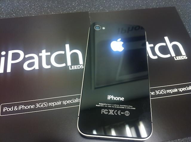 ลือ!! โลโก้ Apple บนฝาหลัง iPhone 6 และ iPhone 6 Air จะมาพร้อมไฟแจ้งเตือน