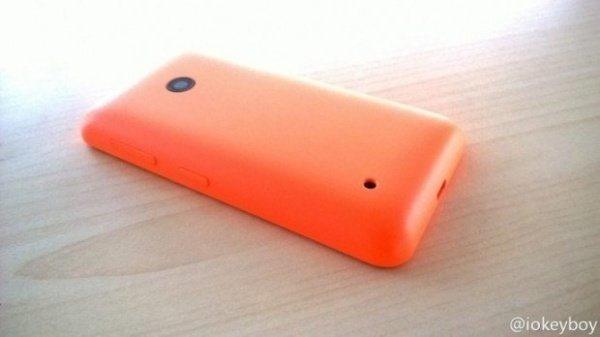 lumia-630-leak-2