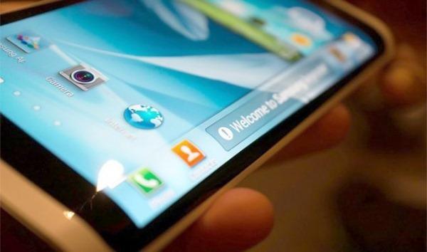 Samsung Galaxy Note 4 จะมีรุ่นธรรมดาและรุ่นพรีเมียมที่ทำมาจากโลหะและจอโค้ง