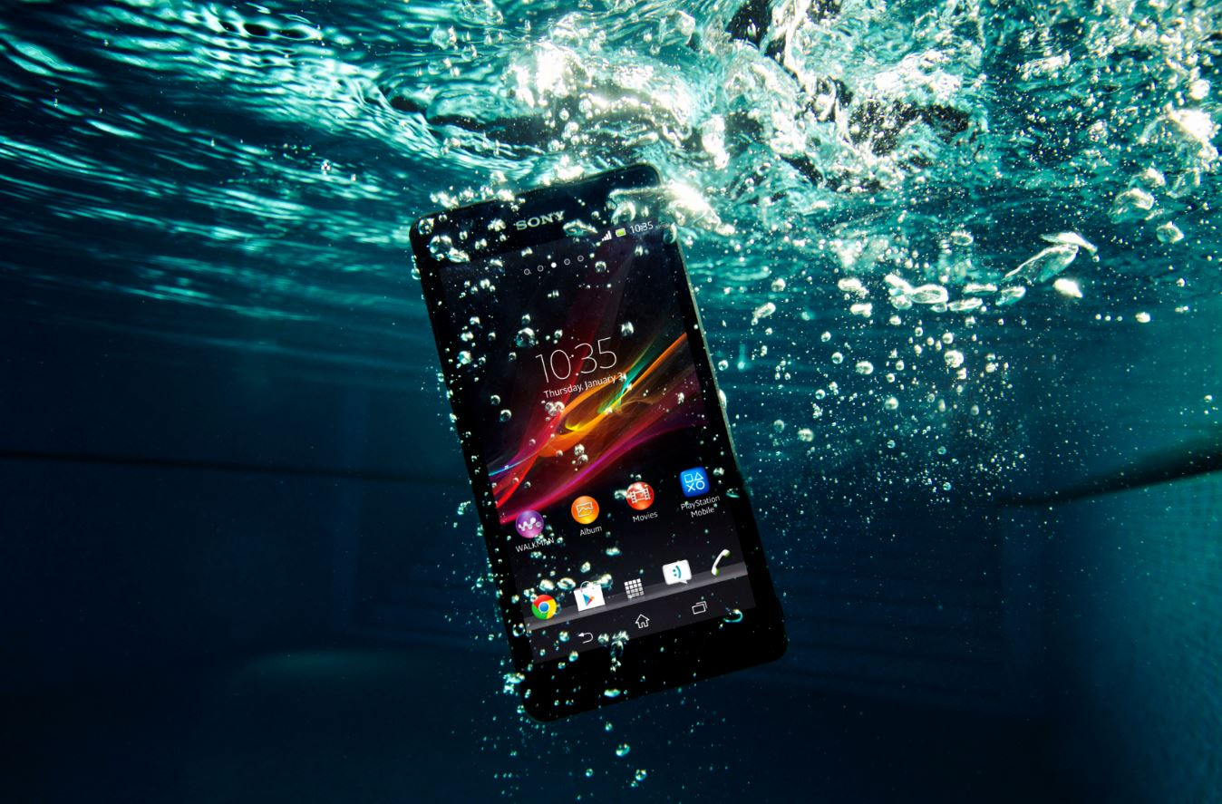 sony-xperia-zr-waterproof-android-smartphone