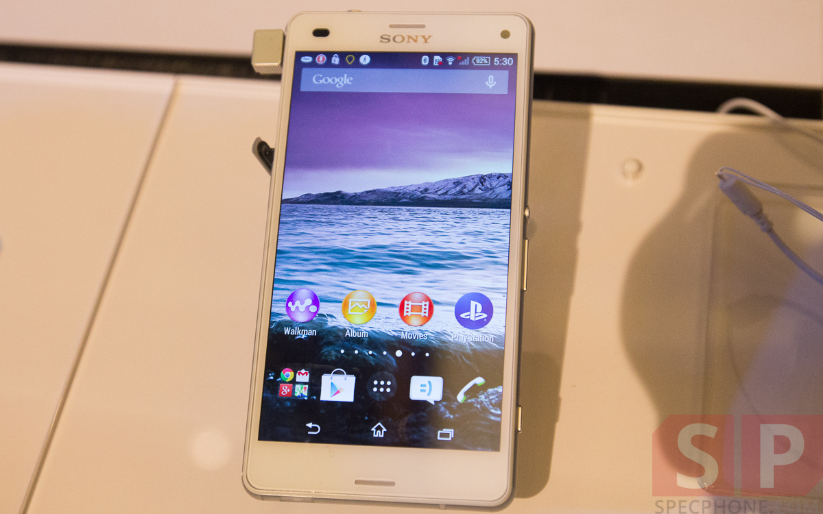 Hands-on-Preview-Sony-Xperia-Z3-Xperia-Z3-Compact-Xperia-Z3-Tablet-Compact-Smartwatch-3-Smartband-Talk-SpecPhone-22