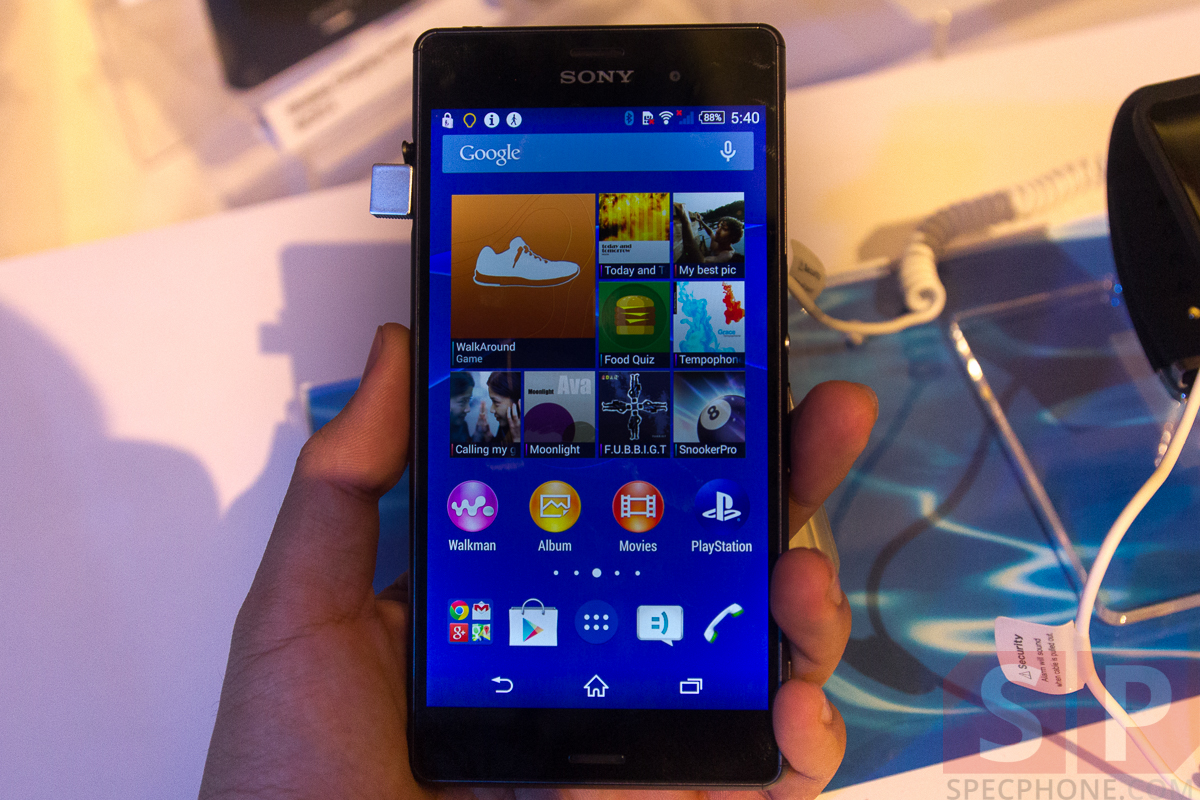 Hands-on-Preview-Sony-Xperia-Z3-Xperia-Z3-Compact-Xperia-Z3-Tablet-Compact-Smartwatch-3-Smartband-Talk-SpecPhone-35
