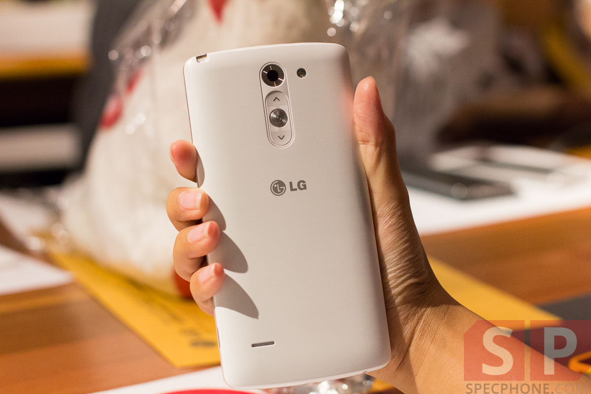 Hands-on-preview-LG-G3-Stylus-and-LG-L-Bello-SpecPhone-11