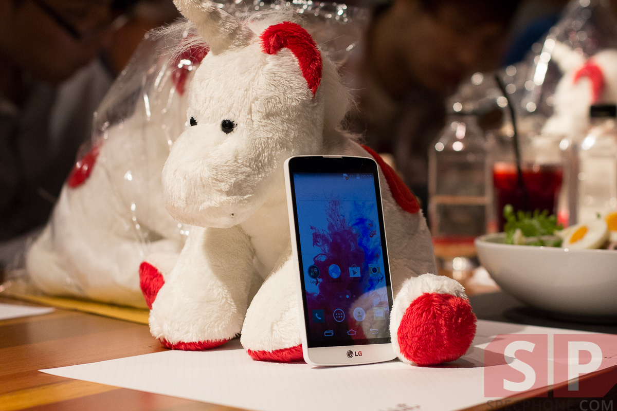 Hands-on-preview-LG-G3-Stylus-and-LG-L-Bello-SpecPhone-33
