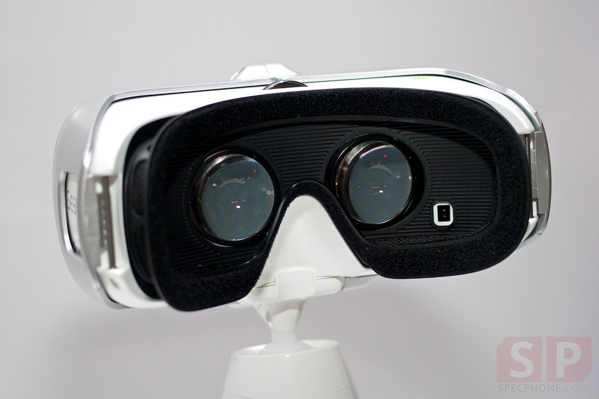 Preview-Samsung-Galaxy-Note-Edge-Gear-S-Gear-VR-TGS2014-SpecPhone 024