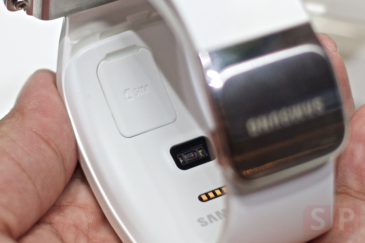 Preview-Samsung-Galaxy-Note-Edge-Gear-S-Gear-VR-TGS2014-SpecPhone 035