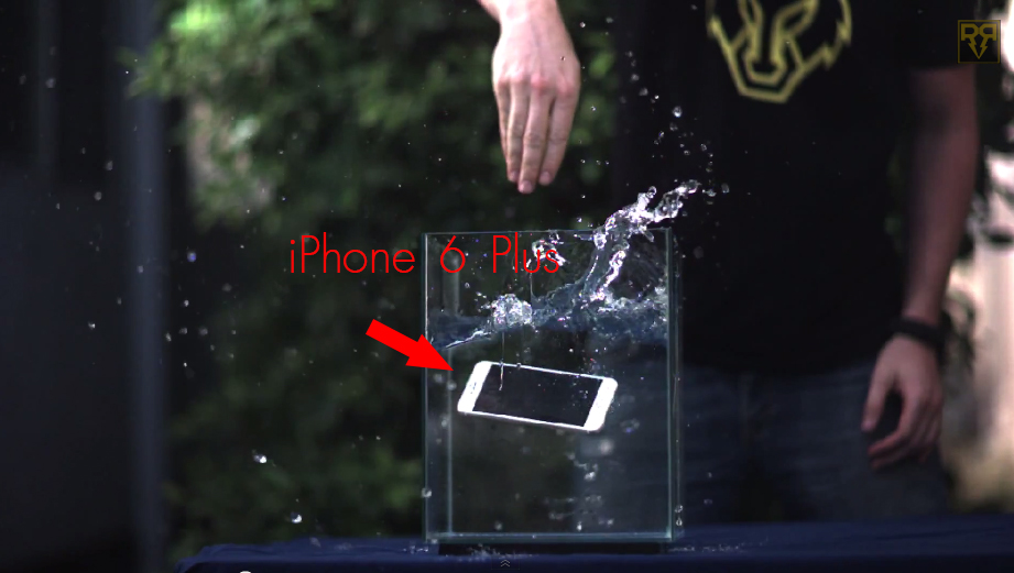 [มีคลิป] วันที่ 3 RateRR ทำ Drop Test กับ iPhone 6 Plus แบบ Slo-Mo มาดูกันว่าจะรอดไหม