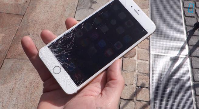 ออกมาไม่ทันไร เอาไปโยนเล่นกันซะแล้ว Drop Test ของ iPhone 6 มาแว้ว