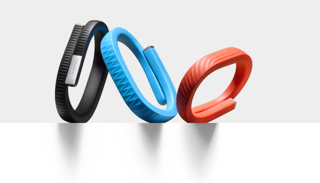 Jawbone ใจป้ำ ยอมให้ Android Wear, Pebble และ Apple Watch ทำงานร่วมกับ แอพพลิเคชั่นของตนได้