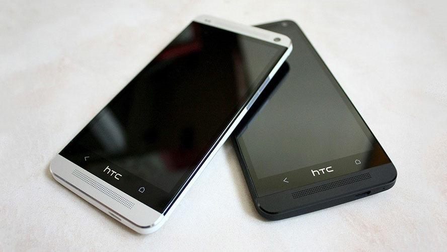 HTC-One-sale