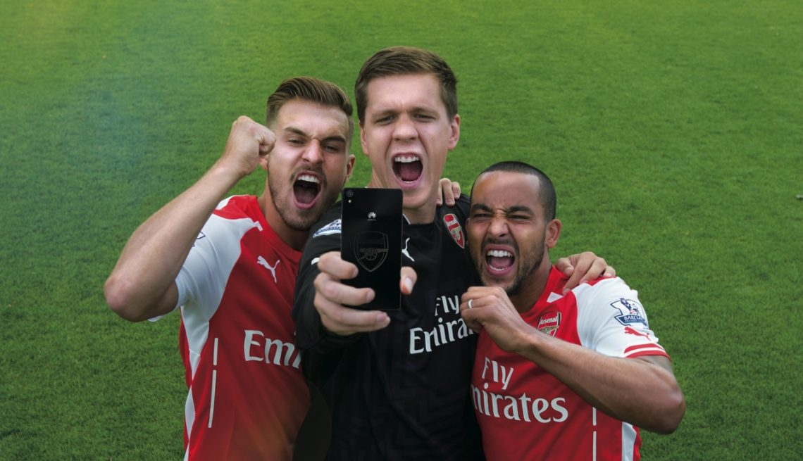 [PR News] หัวเว่ยเอาใจแฟนบอลชาวไทย เผยโฉมสมาร์ทโฟน Huawei Ascend P7 Arsenal Edition!!