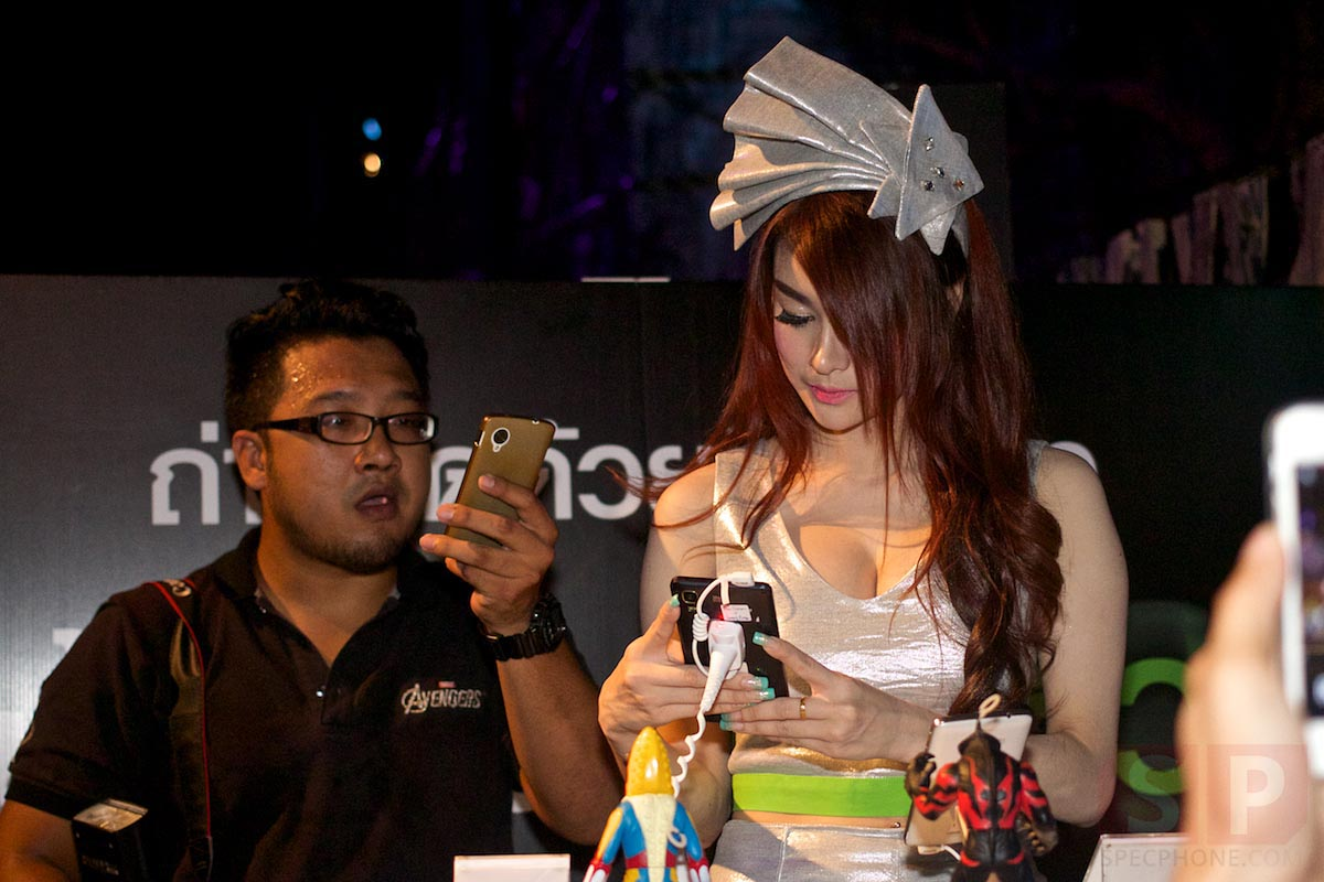 i-mobile-IQ-X-Ozzy-IQ-8.3-event-SpecPhone 057