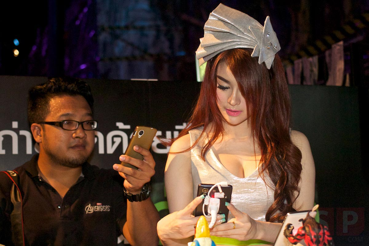 i-mobile-IQ-X-Ozzy-IQ-8.3-event-SpecPhone 058