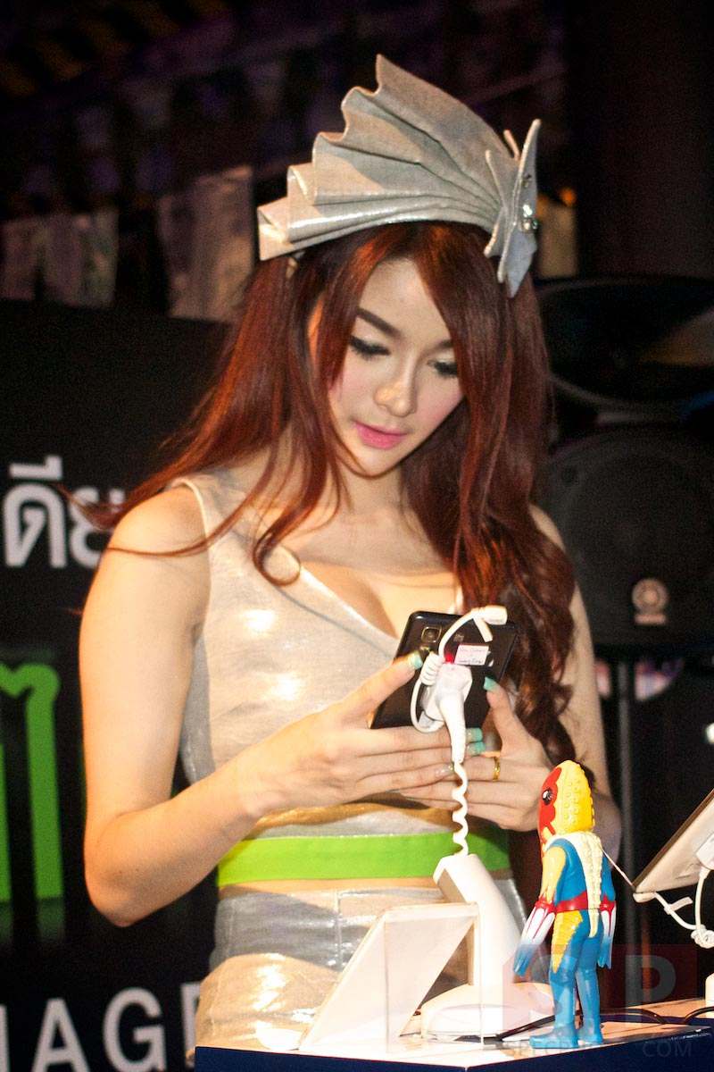 i-mobile-IQ-X-Ozzy-IQ-8.3-event-SpecPhone 059
