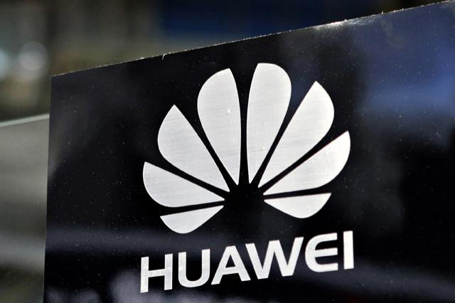 Huawei เตรียมจะหนักปีหน้า คาดส่งเรือธง D8 จอ 2K แรม 4GB มาให้เชยชม