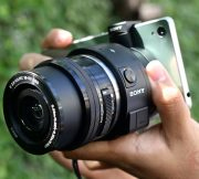 Review-Sony-QX-1-Lens-Mount-SpecPhone 003