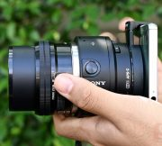 Review-Sony-QX-1-Lens-Mount-SpecPhone 027