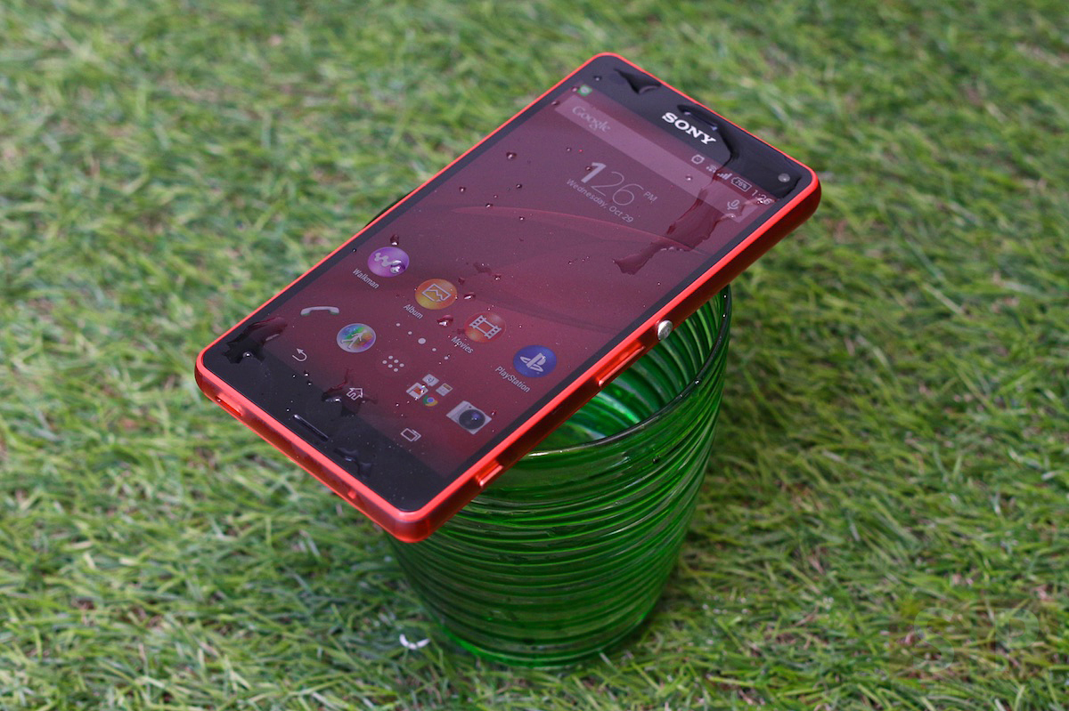 Review Sony Xperia Z3 Compact SpecPhone 0331