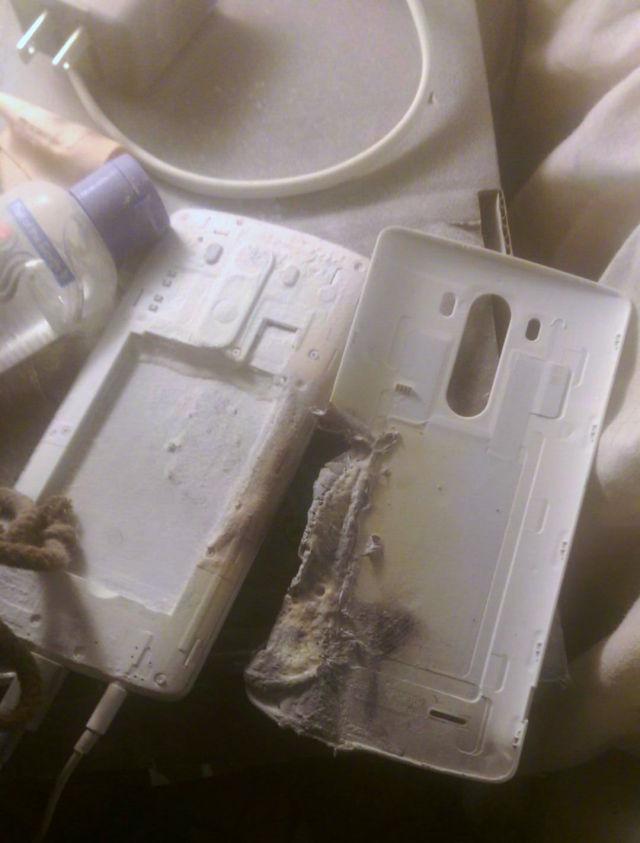 ไม่น้อยหน้ากัน พบ LG G3 ระเบิดไฟลุกระหว่างกำลังชาร์จแบตเตอรี่ในต่างประเทศ